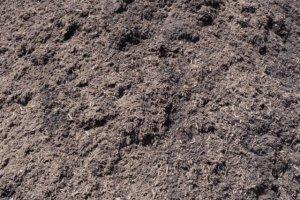 درست کردن خاک برگ با چمن