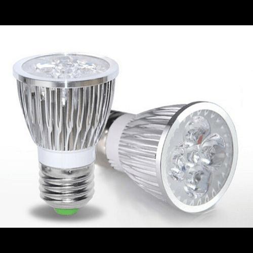 چراغ رشد LED