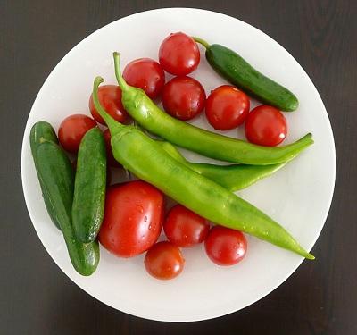 کاشت سبزیجات در گلدان