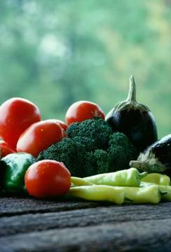 کلم بروکلی و سبزیجات تابستانی